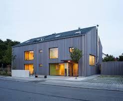 Bildergebnis Für Haus Mit Satteldach Moderne Architektur
