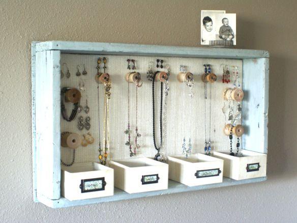 23 Jewelry Display DIYs Hanging storage Display and Storage ideas