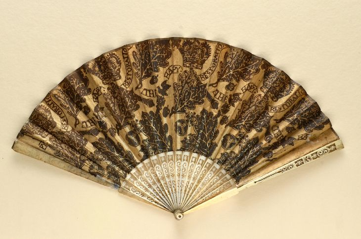 Review: Treasures Of The Fan Museum Makes Us Rue The Rise Of Air Conditioning | Londonist