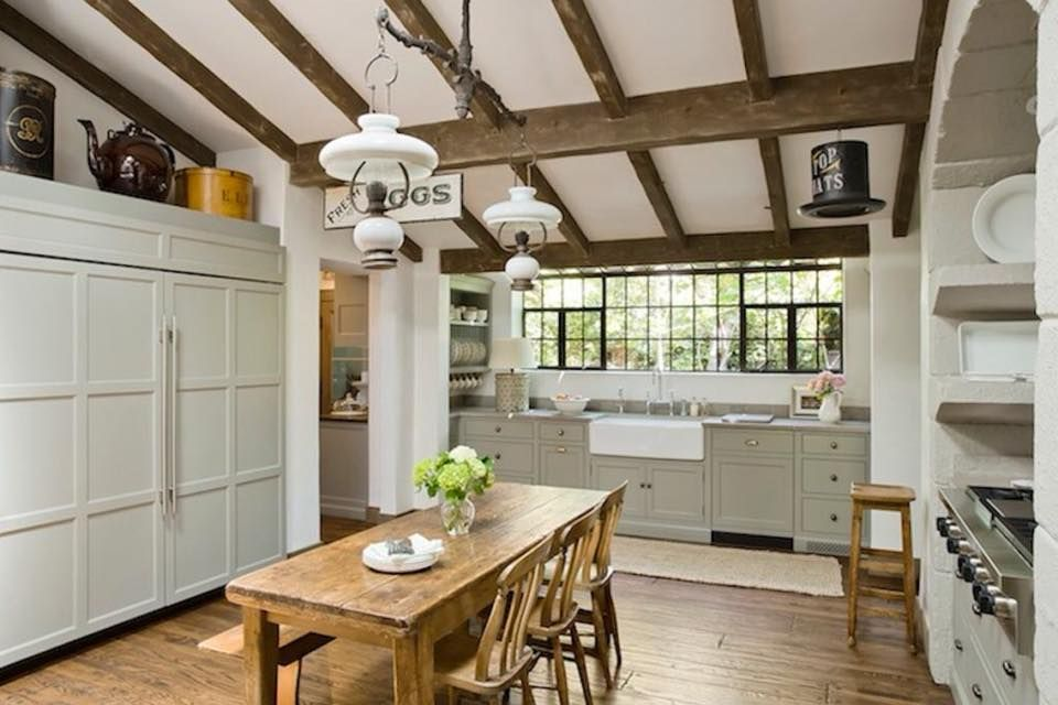 Thomas Callaway Associates Inc Housewerks English Cottage