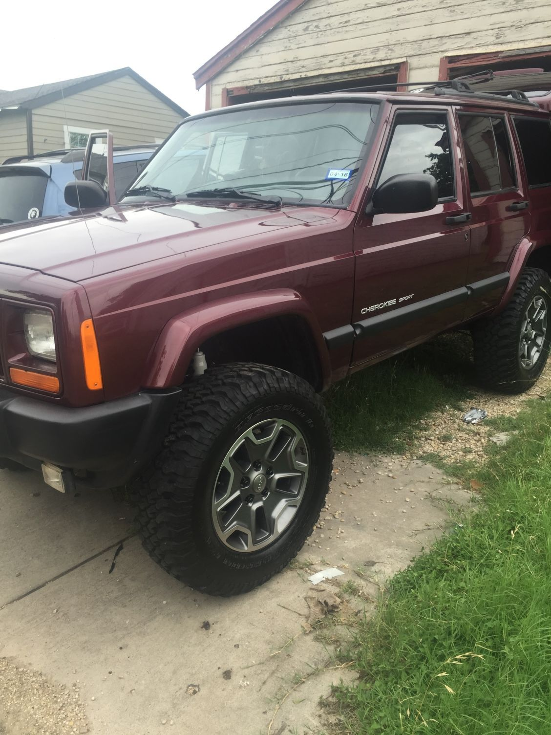 Rubicon Wheels And Tires Do The Fit An Xj Jeep Cherokee Forum Jeep Xj Jeep Cherokee Jeep Cherokee Xj