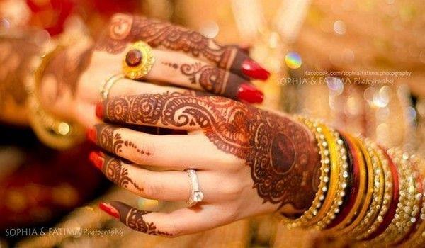 Mehndi For N Brides : Wedding mehndi and bangles! ♥bangles & bridal hands& feet