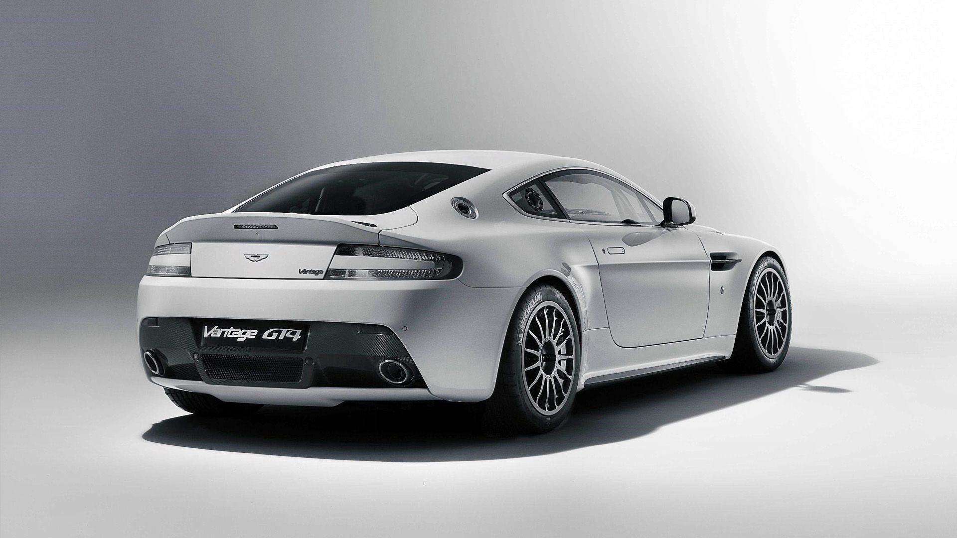 Beau Aston Martin Vanquish Wallpaper Free IPhone Wallpapers