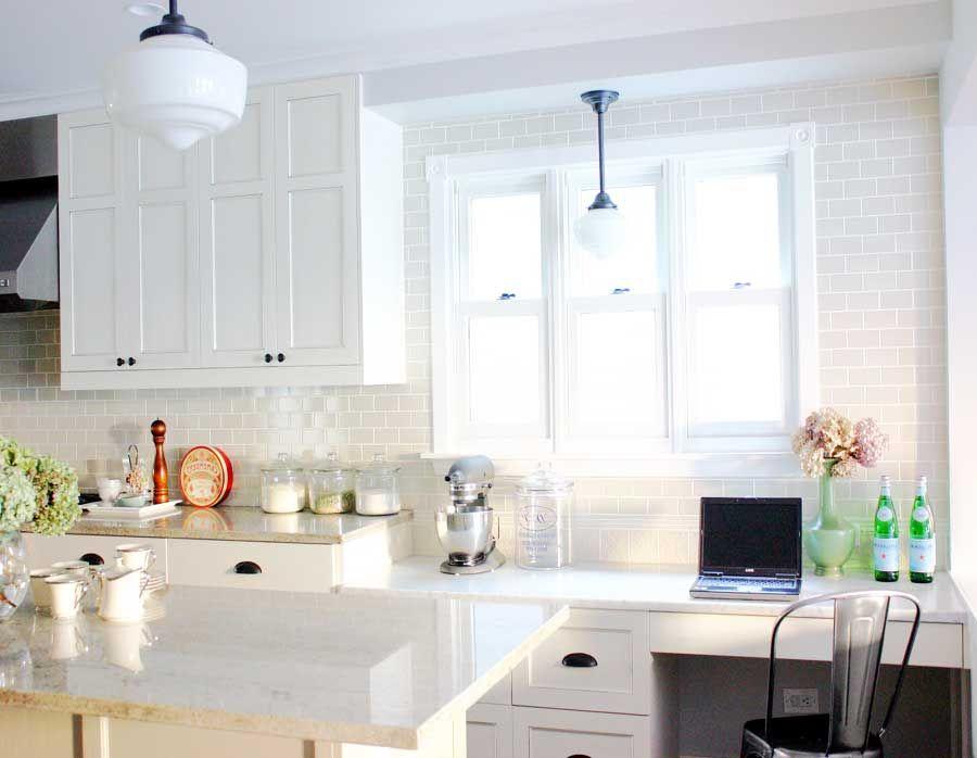 Küchen, Glas Subway Fliesen Küche Aufkantung in weißer Farbe für ...