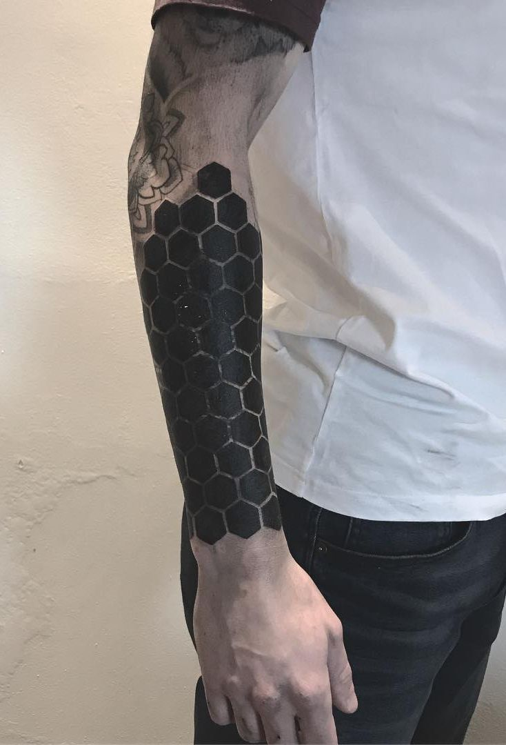 Solid Black Tattoos: These Striking Solid Black Tattoos Will Make You Want To