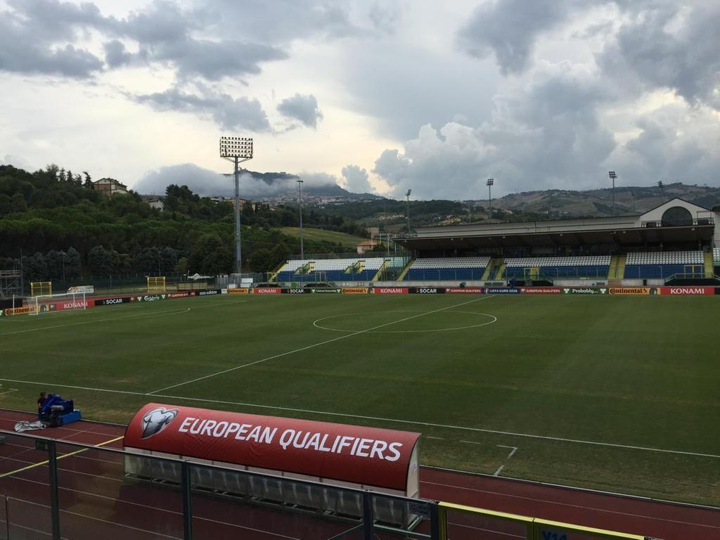 Oliver Holt on Soccer field, San marino, Stadium