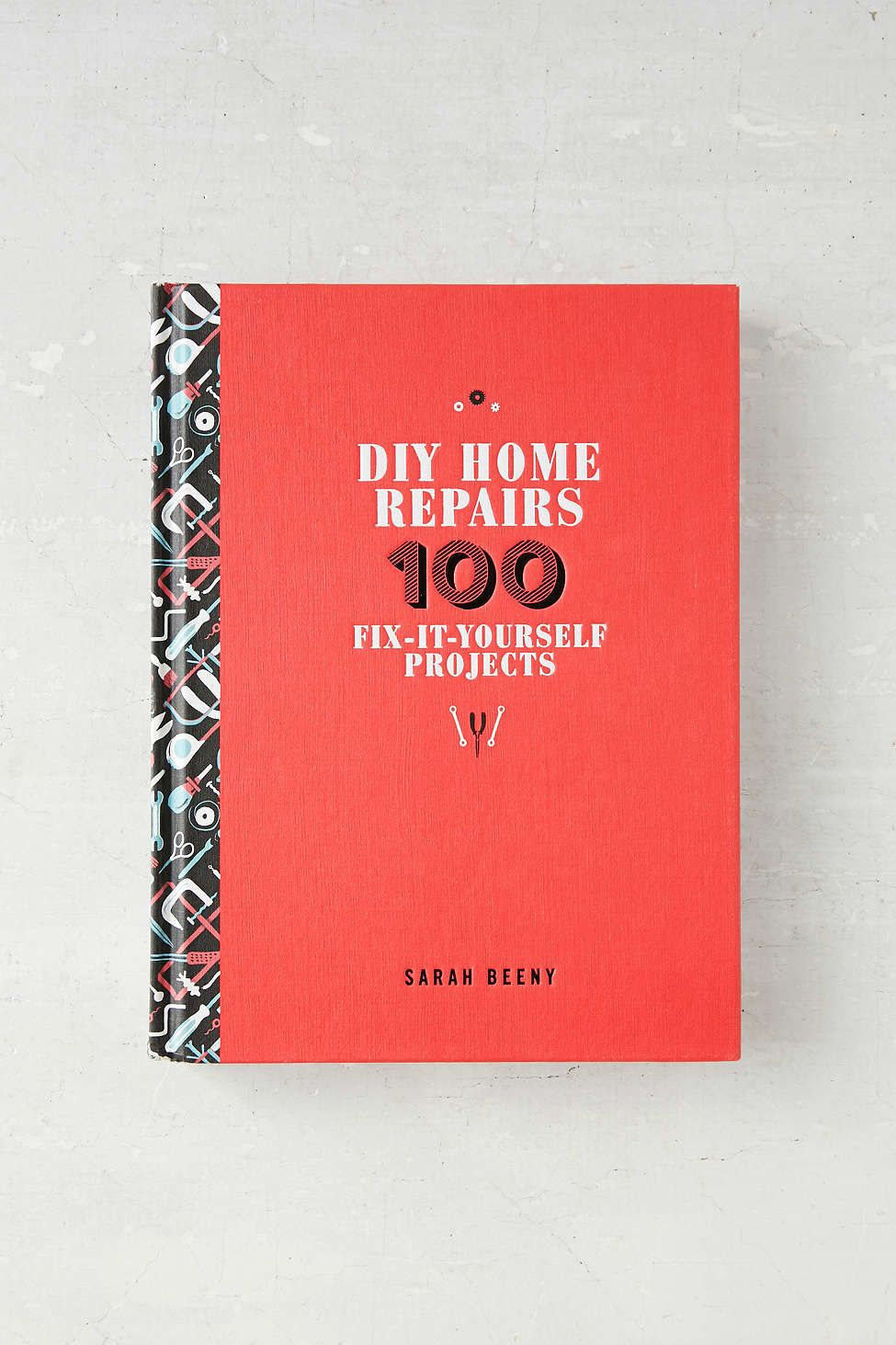 Diy home repairs 100 fix it yourself projects by sarah beeny diy home repairs 100 fix it yourself projects by sarah beeny solutioingenieria Image collections