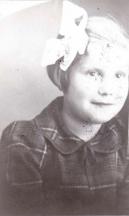 Fanny Cwilling | Remember Me: Displaced Children of the Holocaust