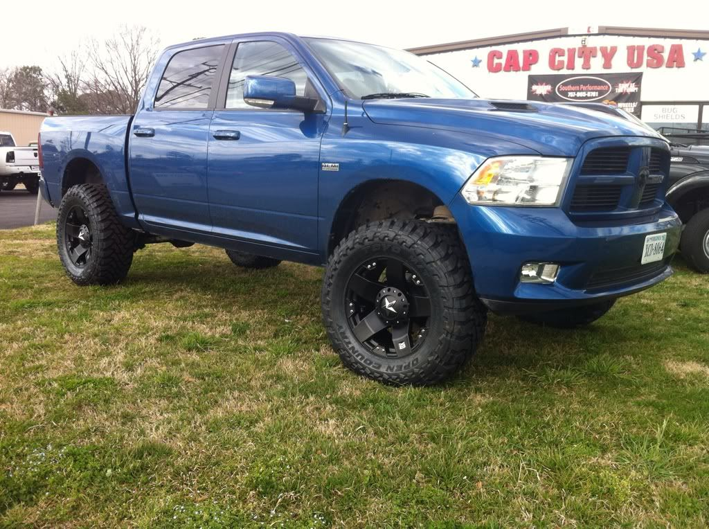 2013 blue streak ram 1500 with black rims pictures of