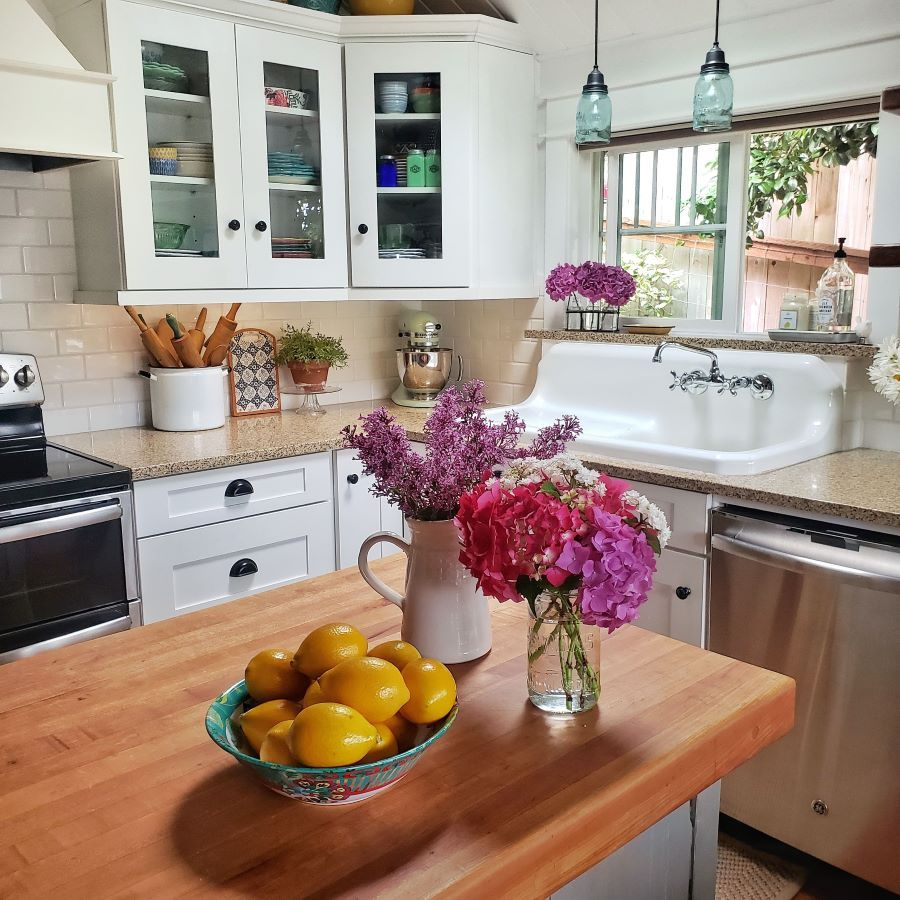 Simple Summer Kitchen Tour In 2020 Small Cottage Kitchen Summer Kitchen Cottage Style Kitchen