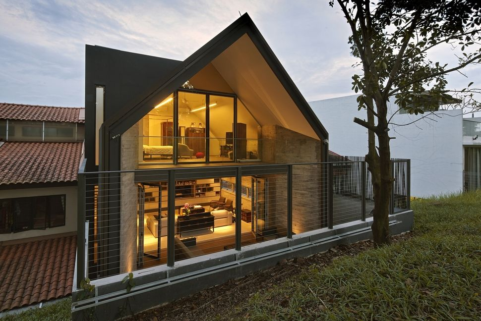 Gabled Roof Jazzes Up Minimalist Y House In Singapore Architecture Interior Architecture Design Gable Roof House
