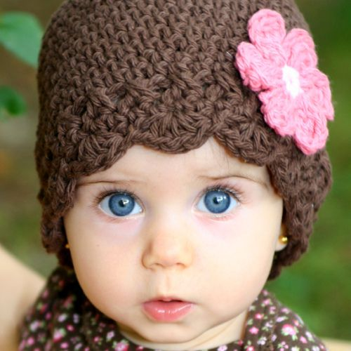 Daisy Flapper Beanie - chocolate, pastel pink, rose pink | Gorros ...