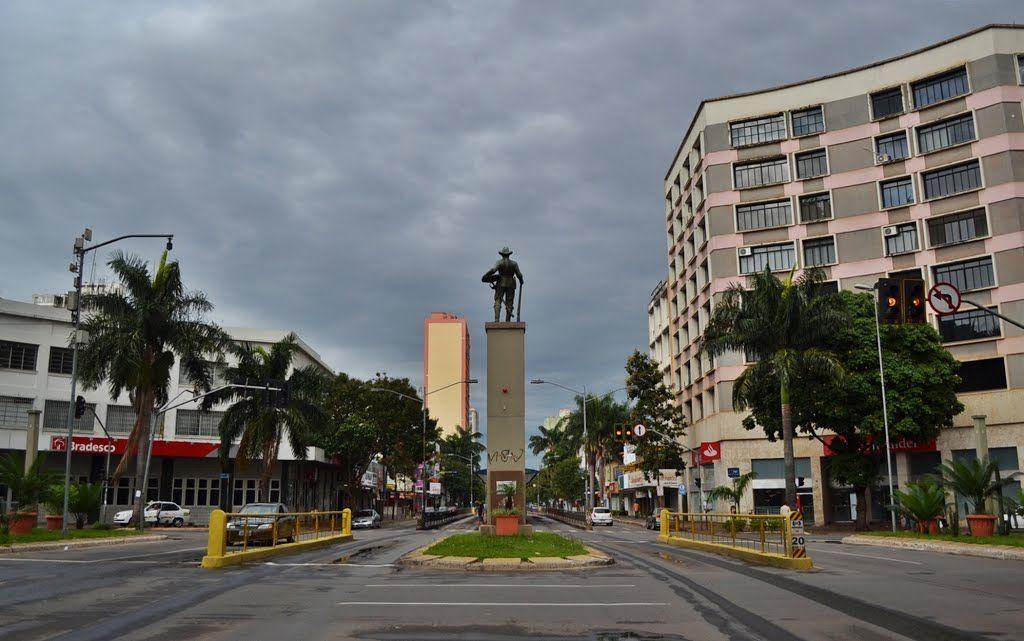 Avenida Goiás - Praça do Bandeirante