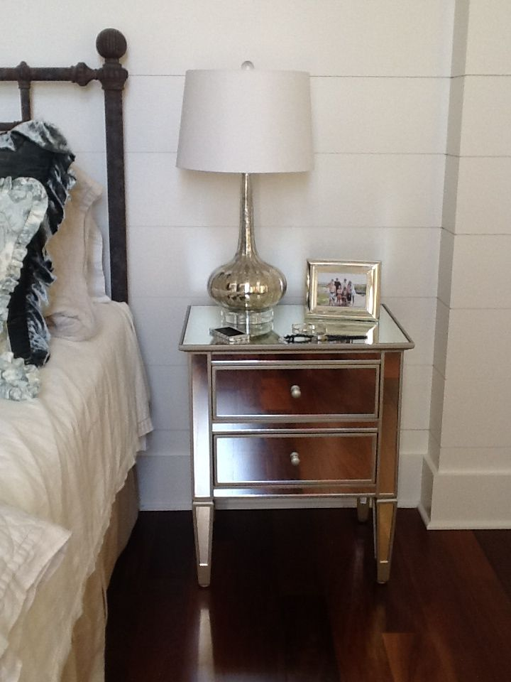 Best My Mirrored Bedside Table At The Beach House White Night 640 x 480