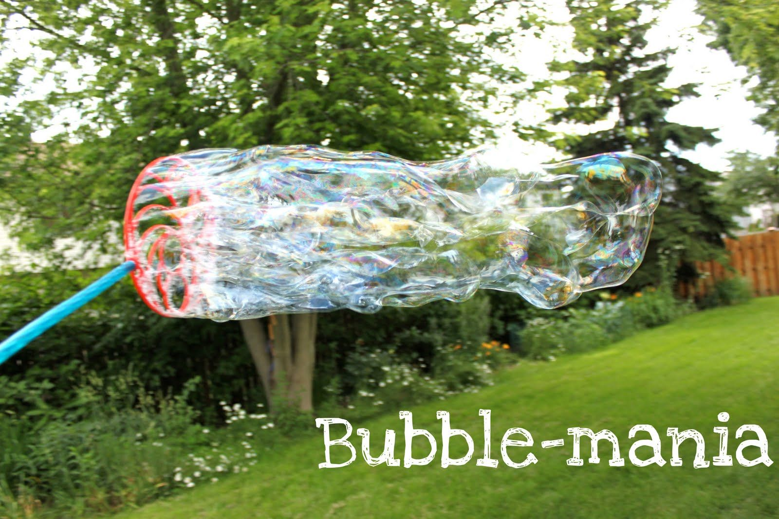 The Best Bubbles Ever   6 cups water  2 cups Dawn dishwashing liquid  3/4 cup light corn syrup