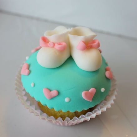 cupcakes baby shower - Buscar con Google | pasteles | Pinterest ...
