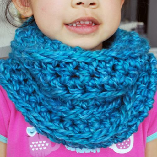 Easy crochet kids cowl cowl scarf stocking stuffers and easy crochet easy crochet kids cowl skip to my lou dt1010fo