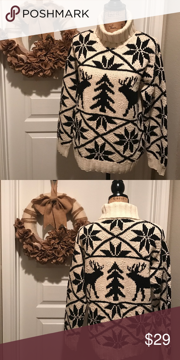 LAUREN Sweater perfect for the holidays or slopes LAUREN Sweater perfect for the holidays or slopes Lauren Ralph Lauren Sweaters Cowl & Turtlenecks