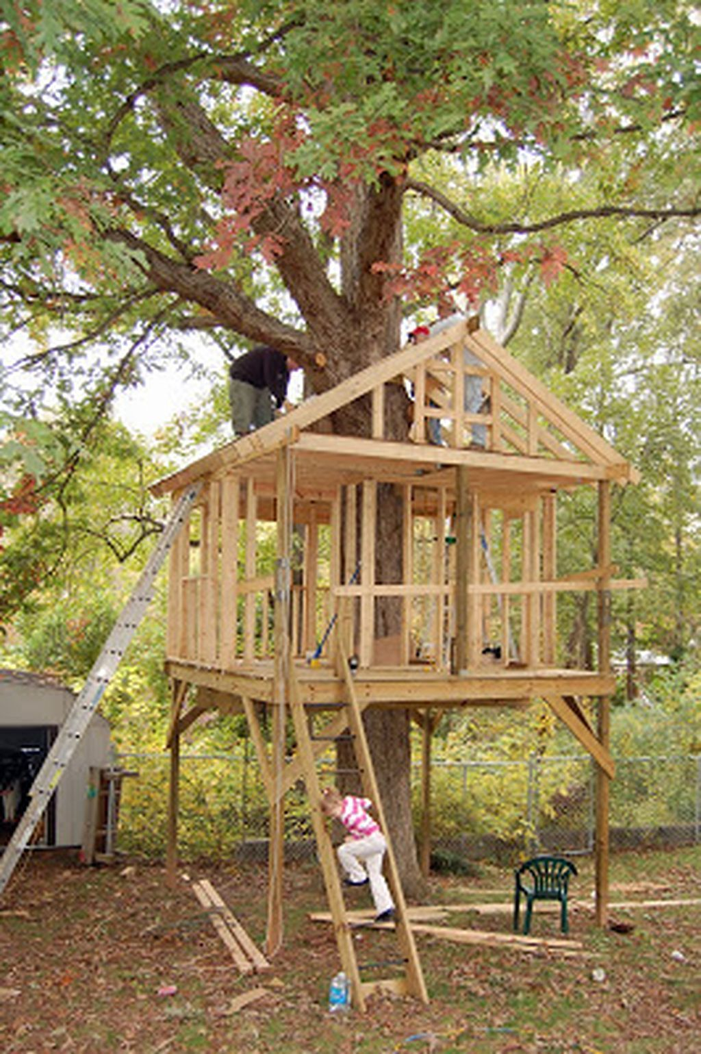 Gorgeous 167 Tree House Design Ideas Your Kids Would Love Tree House Diy Tree House Kids Tree House Small backyard treehouse ideas
