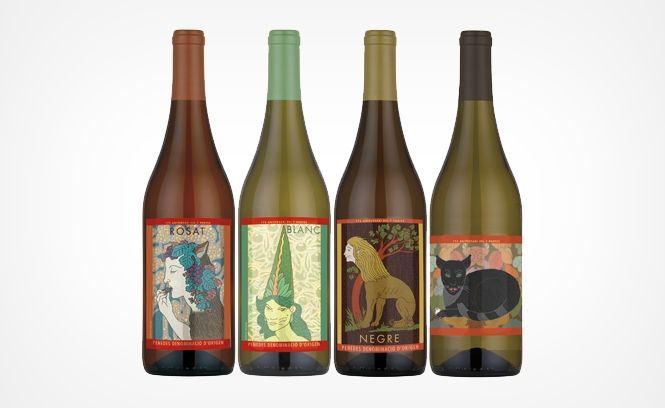 great restaurant #packaging and #labels for all our #wine loving peeps PD
