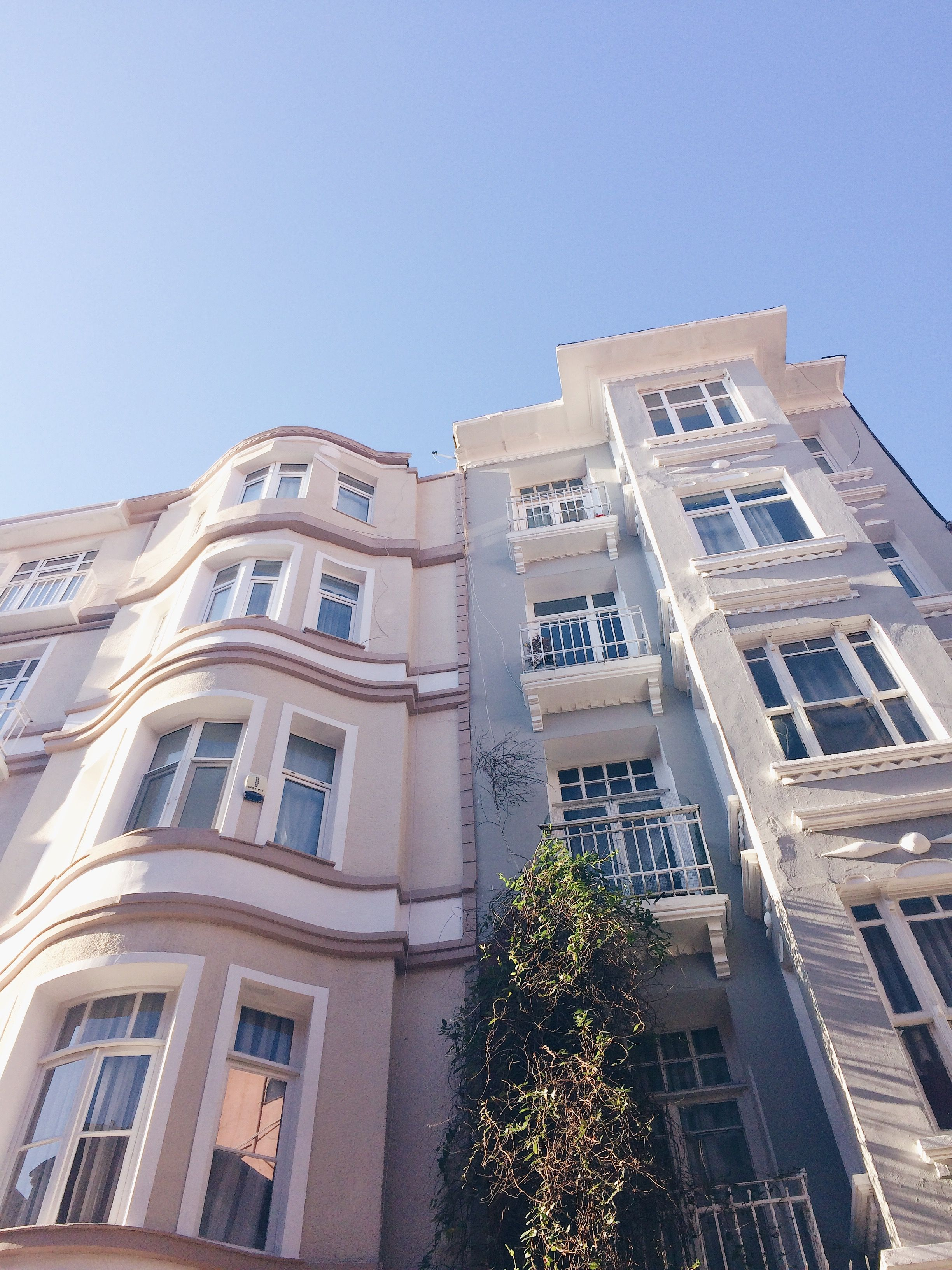 Lovely buildings in Istanbul #architecture