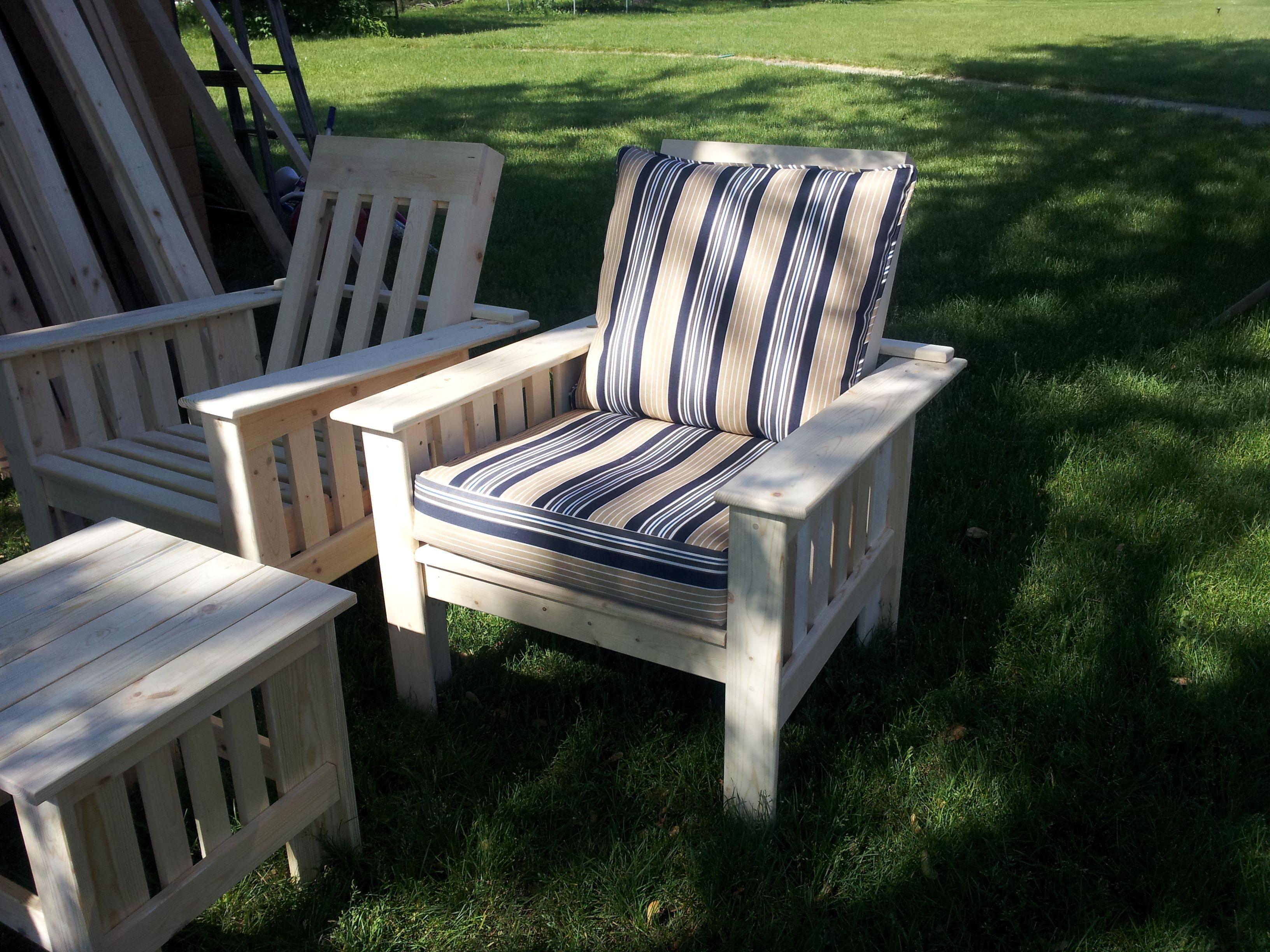 Morris Chair with optional cushion $165.00