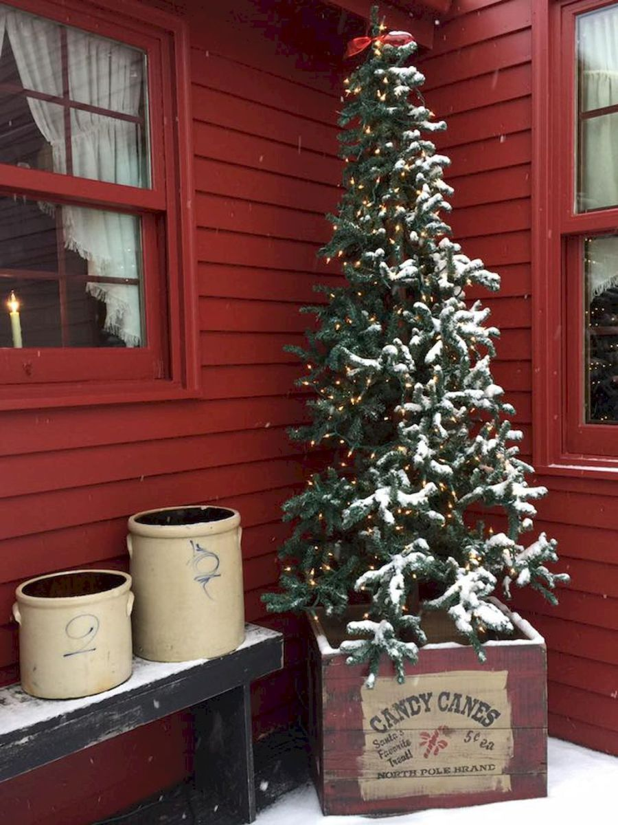 55 awesome christmas front porches decor ideas (3 ...