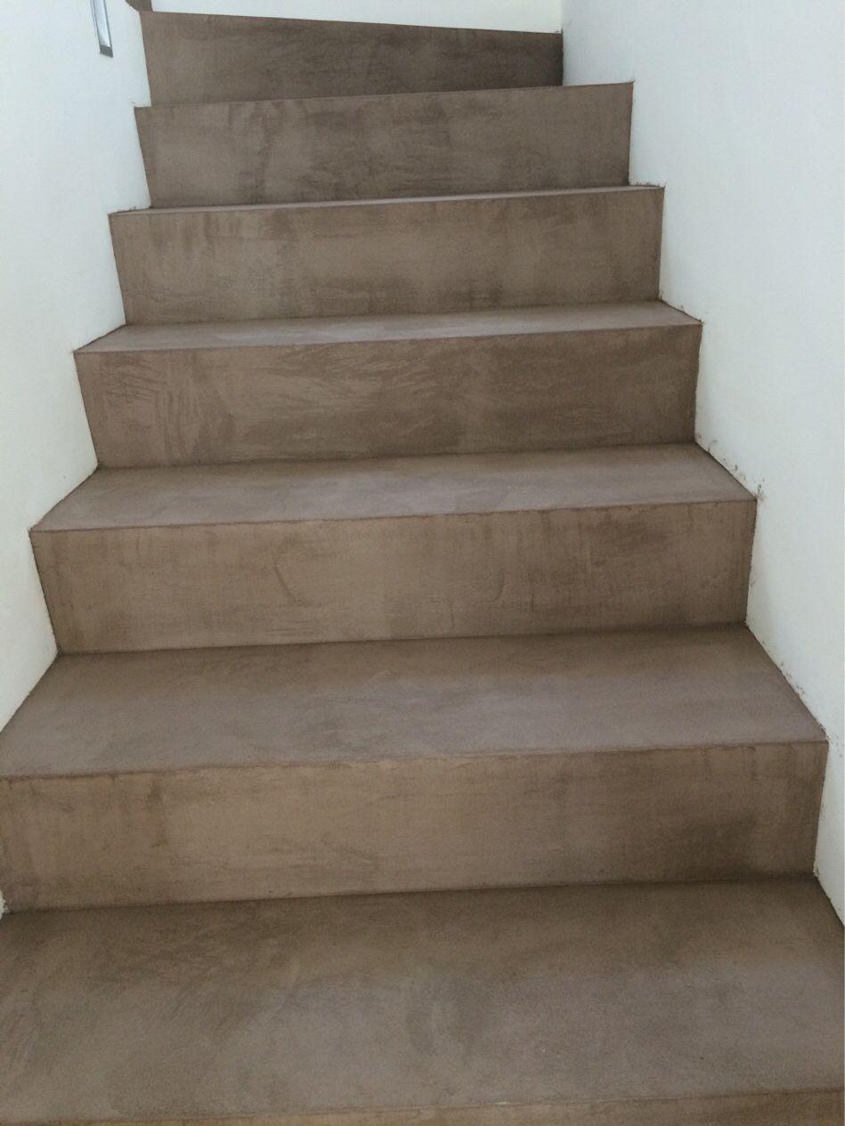 escaleras de cemento pulido realcem a