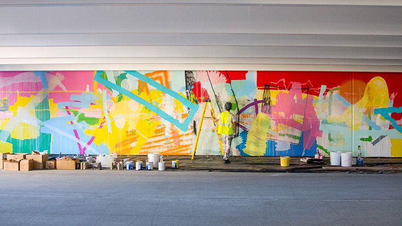 Alex Brewer Brightens Up Buildings Churches And Underpasses With His Abstract Murals Mural Art Creative Painting Abstract