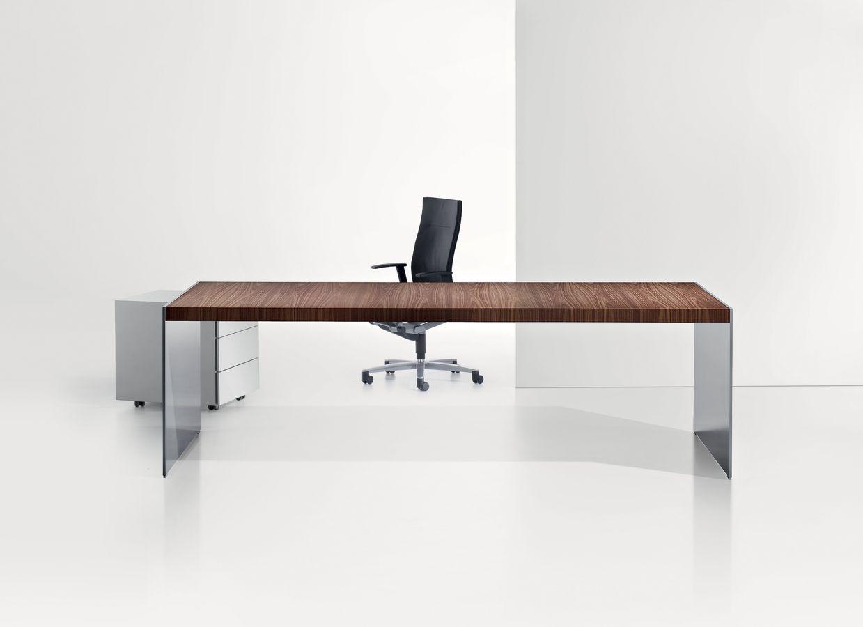 Minimal Office Desk Design