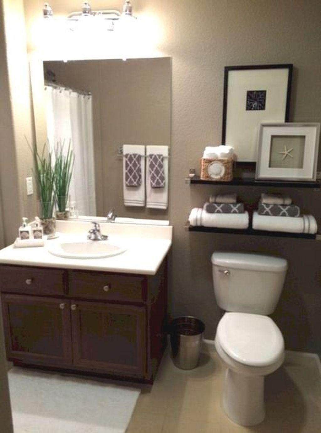40 Attractive Half Bathroom Ideas On A Budget In 2020 Bathroom Wall Decor Small Bathroom Decor Rustic Bathroom Wall Decor