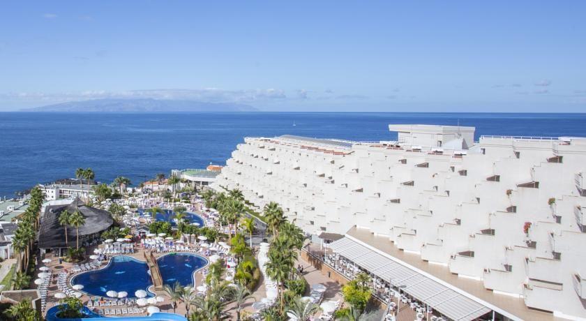 Be Live Experience Playa La Arena Puerto De Santiago This Hotel Is Located 50 Metres From The Volcanic Sands Of La Arena Beach On Te Las Arenas Tenerife Playa