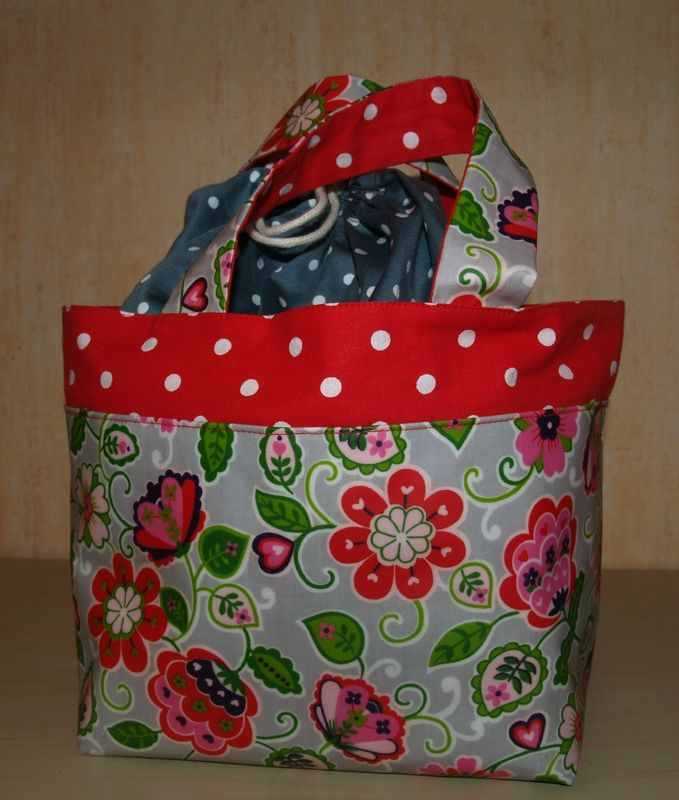 le tuto du lunch bag isa l 39 a f e lunch bags lunches and bag. Black Bedroom Furniture Sets. Home Design Ideas