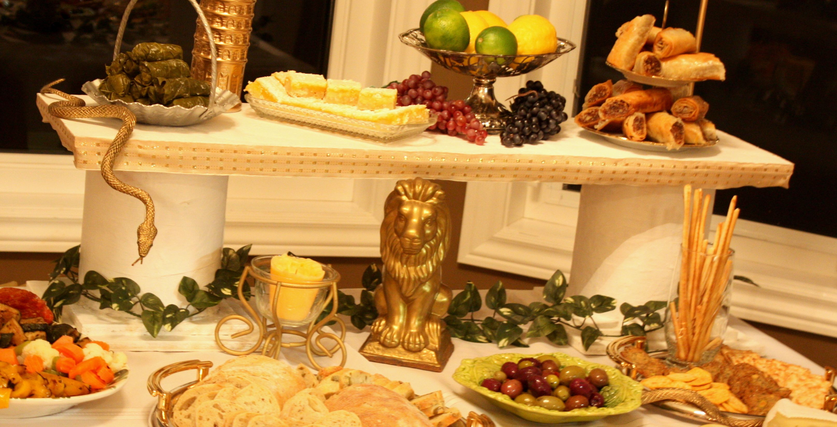 Toga party food table 1 i can make this pinterest for Table decoration ideas for parties