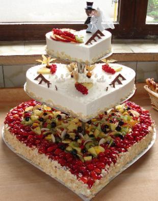 Hochzeitstorten  Homepage der Bckerei Schtzle  FOOD