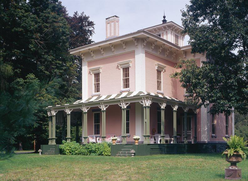 A period perfect italianate restoration front porches for Italianate homes for sale