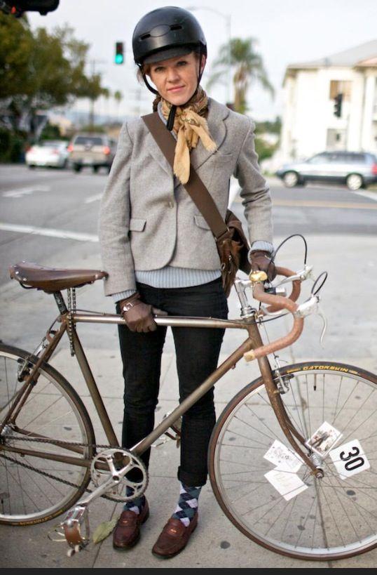 Practical Cycle Chic Biking Outfit Bicycle Fashion Cycling Fashion