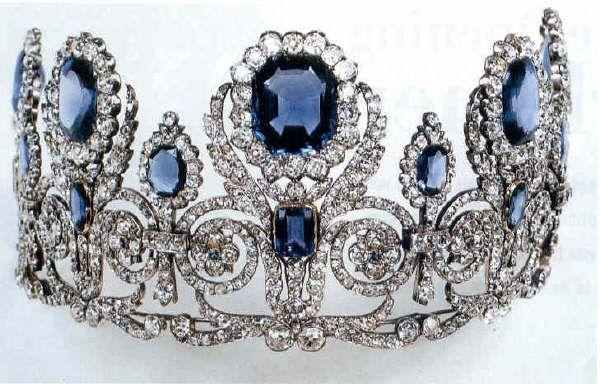 Diadema della parure di zaffiri e diamanti dell for Tiara di diamanti