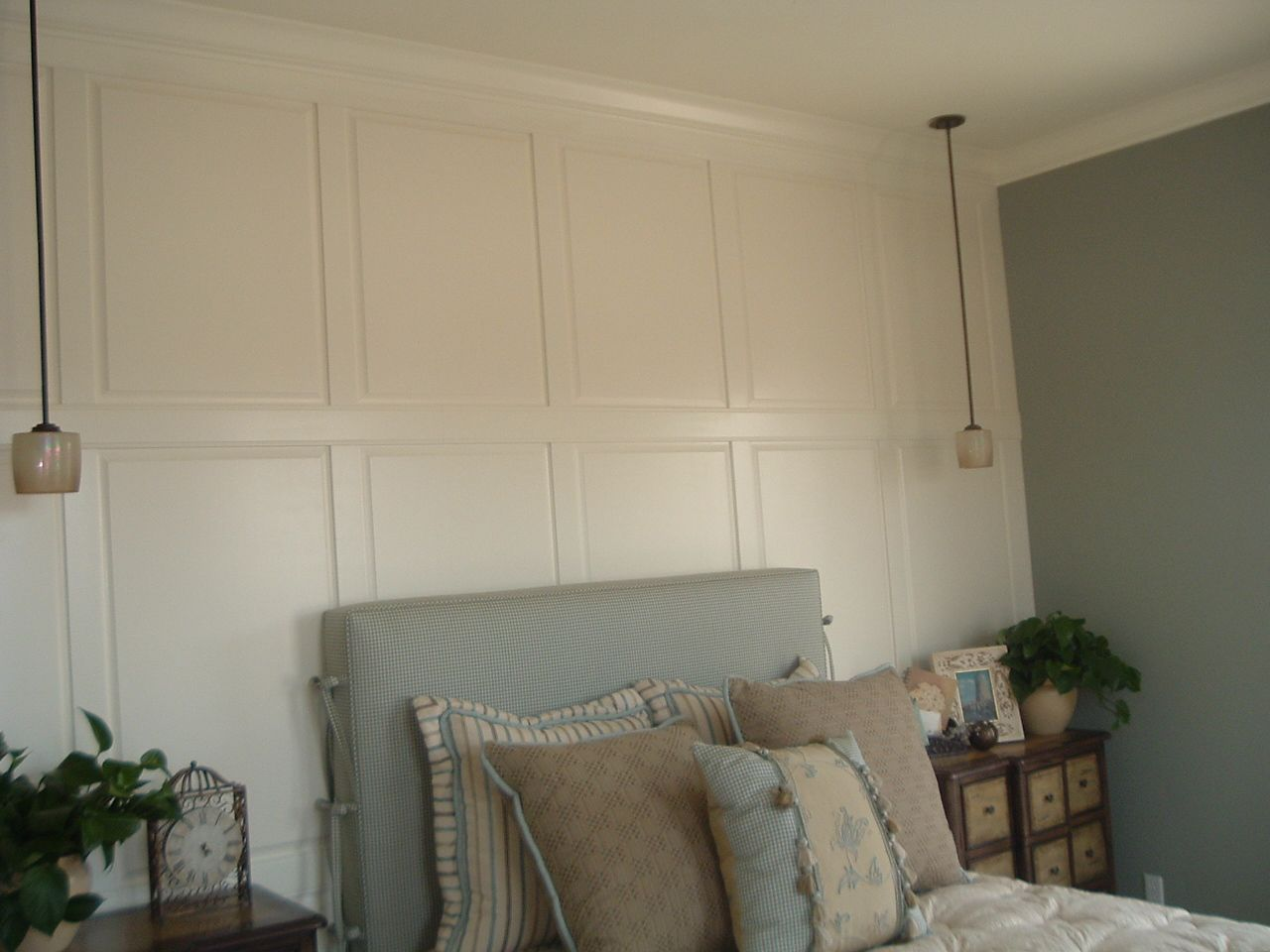Wainscoting wall panels google search ideas for the Images of wainscoting in bedrooms