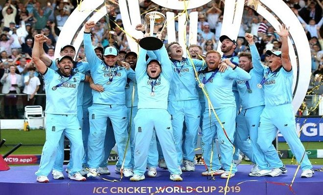English Players Celebrate Victory Thegreensports Cricket World Cup England Cricket Team World Cup