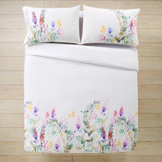 funda nordica blanca con flores