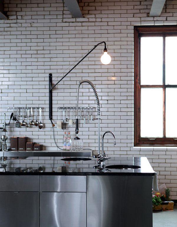 Küche aus #Edelstahl Mehr zu den #Materialsystemen in der Küche - küchen aus edelstahl