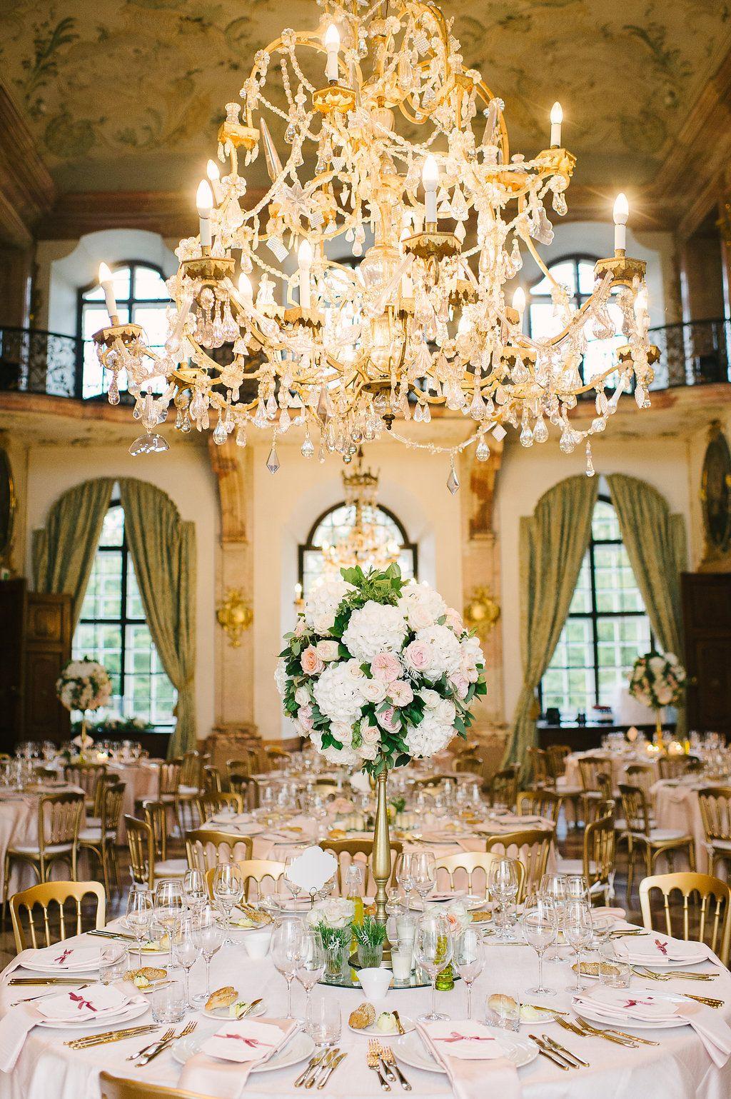 Table setup and flower decoration at schloss leopoldskron salzburg table setup and flower decoration at schloss leopoldskron salzburg weddingplanner daniela kainz junglespirit Choice Image