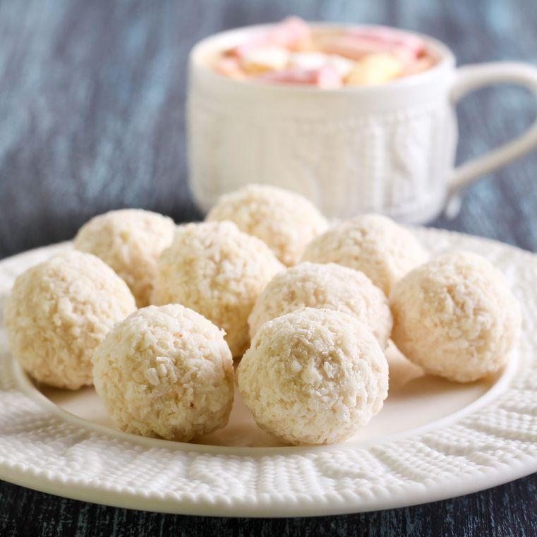 Truffes au chocolat blanc #truffesauchocolat Nos recettes de truffes au chocolat pour Noël #truffesauchocolat