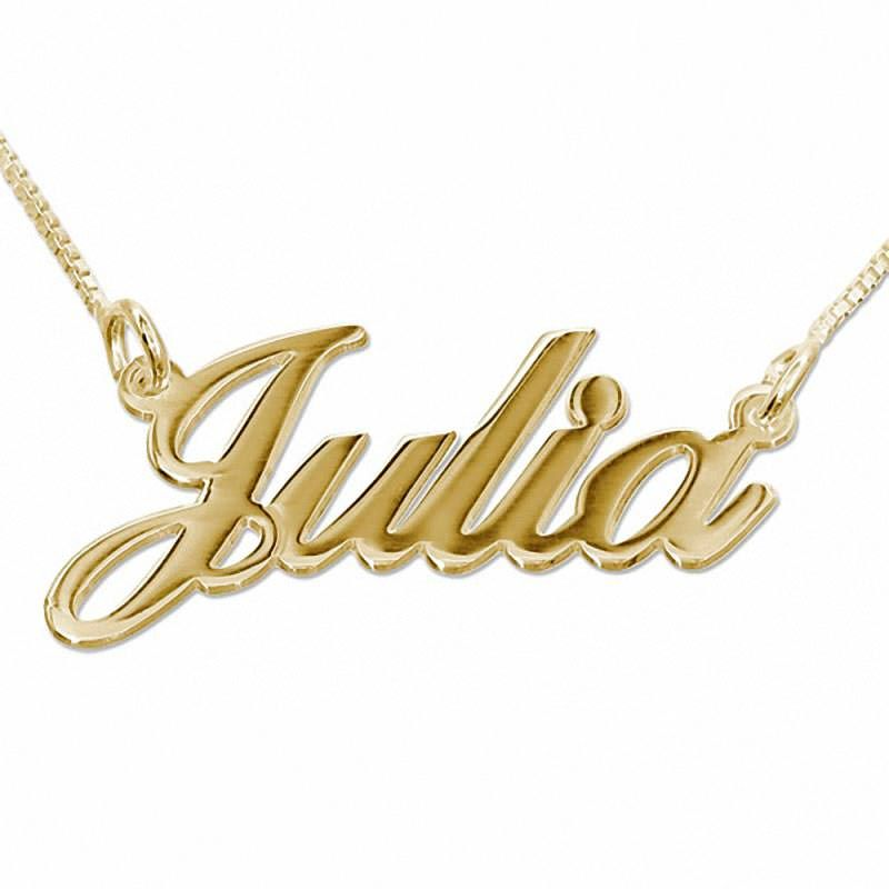 Collar de Oro de 14K personalizado con el nombre hecho con un estilo de  letras dulce y elegante. (Ref.29001-05) ace0a8006b