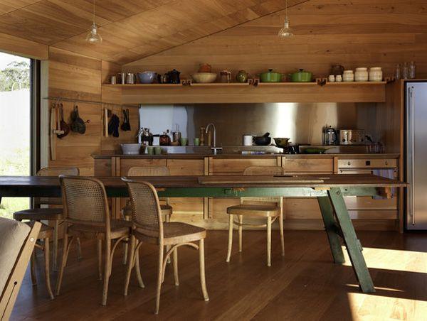 Cottage style Residence in Tasmania: Shearer's Quarters by Architect John Wardle