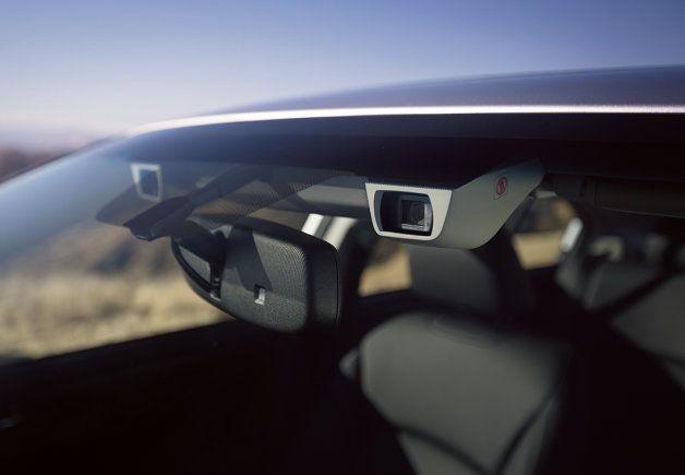 Subaru Updates Eyesight System With Color Detecting Cameras Subaru Cars Subaru Subaru Legacy