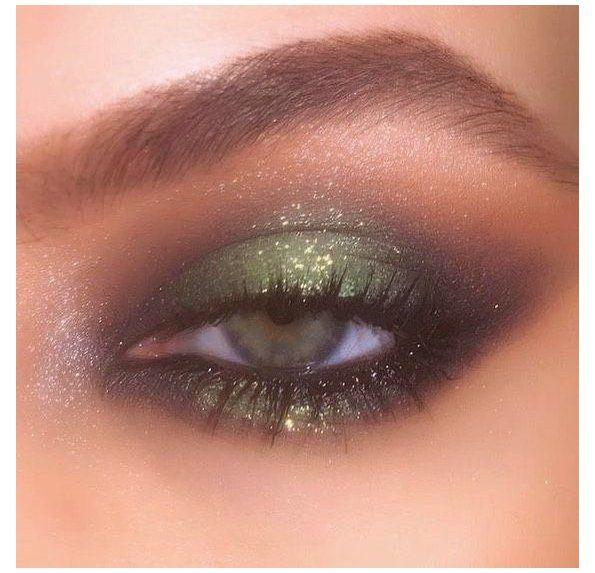 smokey eye makeup palette