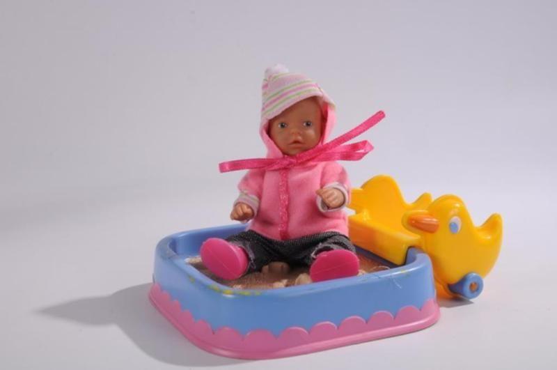 Eine Mini Baby Born Puppemit Kinderwagen Und Sandkastennormale