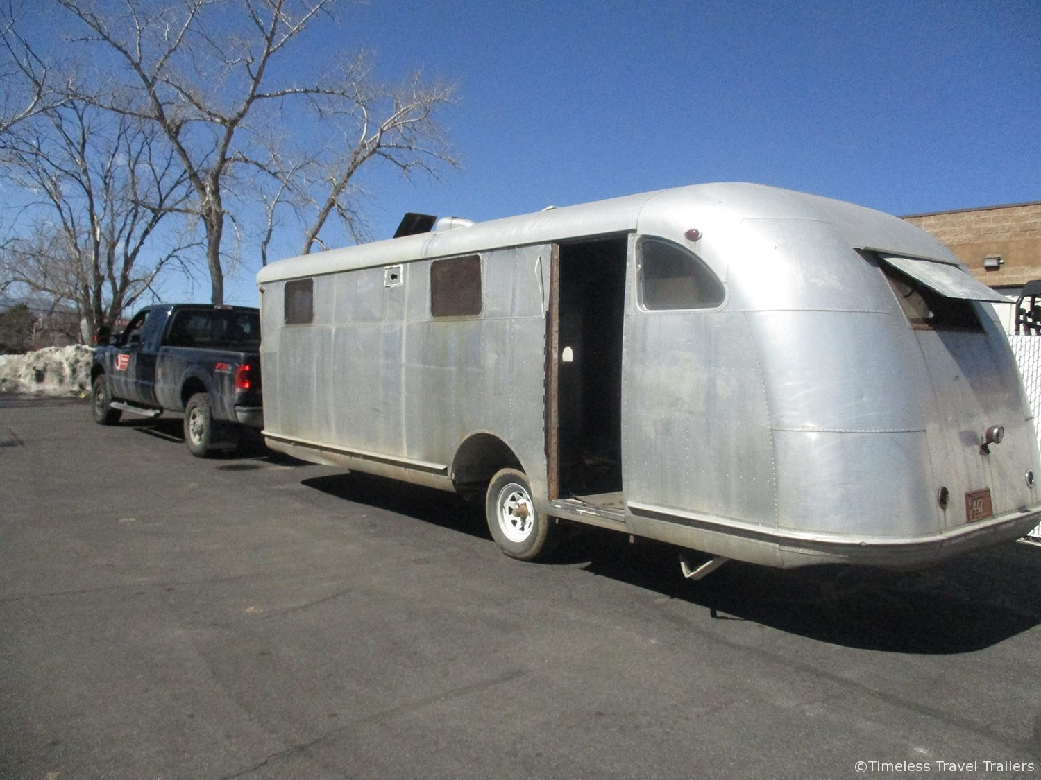 For Sale 1949 25 Spartan Manor With Images Airstream For Sale